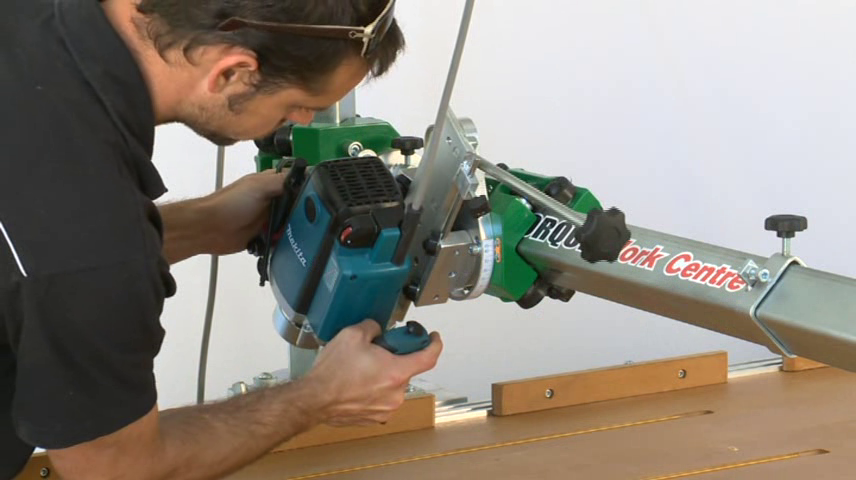 The extension arm allows tools to rotate around 3 axes